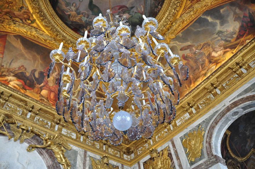 ParisLR-206-880web versailles chandelier
