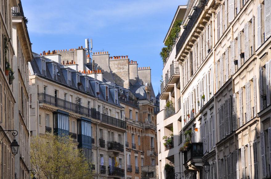 ParisLR-702-880web