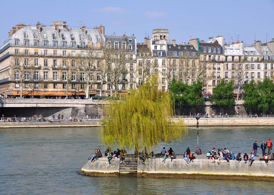 ParisLR-902-880web
